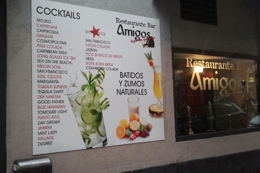 Rótulos en Restaurante Amigos